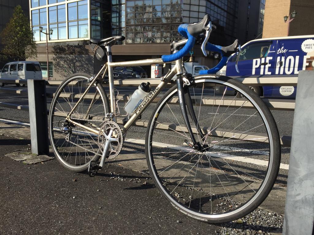 通勤自転車メンテナンス (Panasonic OCC43) – アヘッドフォークへの交換など